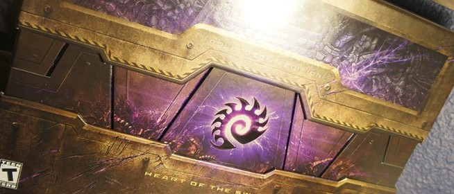 Starcraft II Heart of the Swarm Unboxing