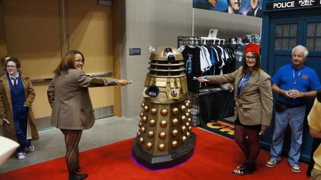 Female 11th Doctors vs Dalek cosplay at GenCon