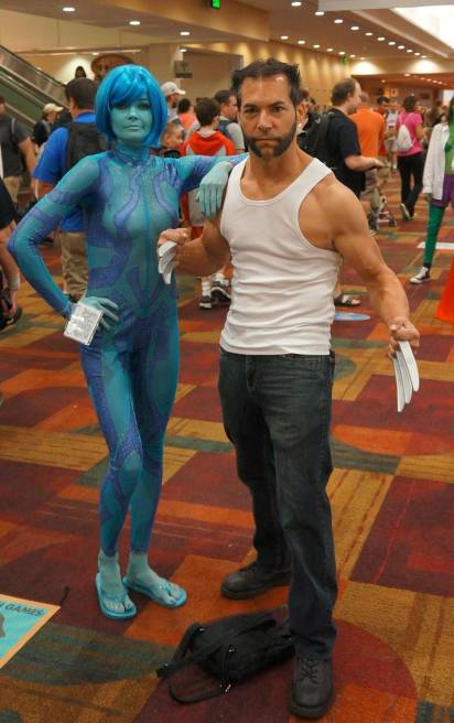 Mystique and Wolverine cosplay