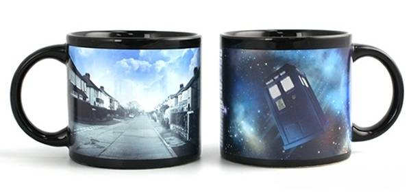 Giveaway: Disappearing TARDIS Mug (closed)